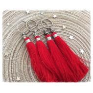Pompon breloque en Soie de couleur rouge