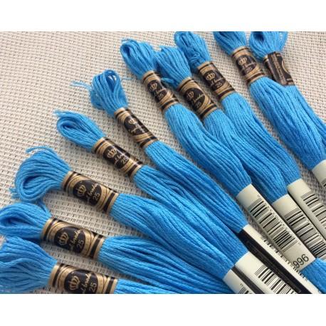 10 Echevettes de fils de coton bleues