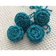 4 Perles fleurs en fil de soie turquoises