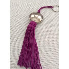 Porte clés pompon violet avec perle ronde