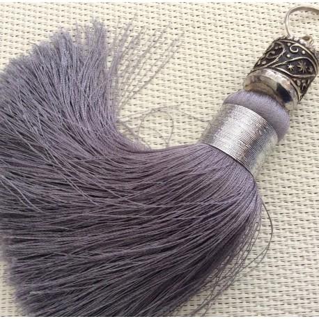 Grand pompon gris et sa perle