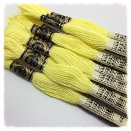 10 Echevettes de fils en coton jaune