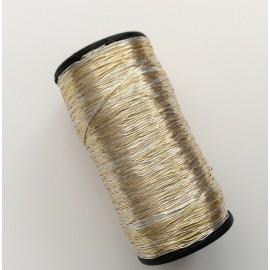 Bobine de fil bicolore