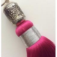 Pompon en soie Rose et sa perle en métal