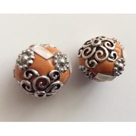 Perles indonésiennes oranges