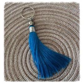Pompon breloque en Soie de couleur Turquoise
