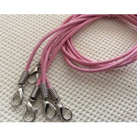 Cordon collier en cuir rose