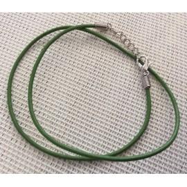 Cordon collier vert en cuir