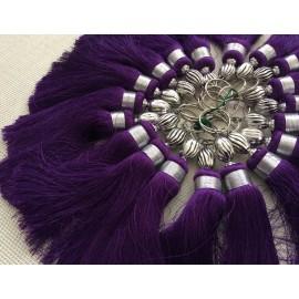 Pompon violet en soie végétale