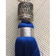 Pompon en Soie Bleue électrique et perle en mètal